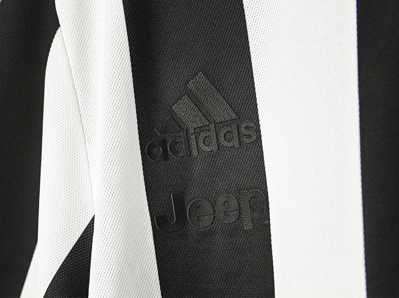 buy popular e70e3 f5410 Juventus Unveil Special Anniversary Kit to Mark 120 Years