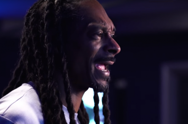 Snoop Dogg Will Star As a Guest Commentator On UFC 3