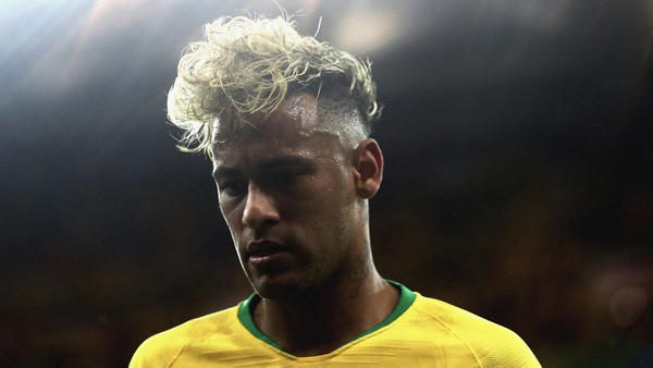 "Neymar Jr Stays Humble in Nike Football's New ""Never Change"" Film"