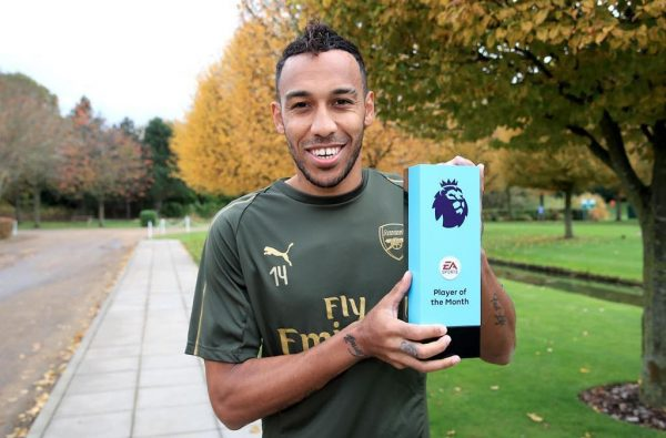 Pierre-Emerick Aubameyang wins October Premier League Player of the Month