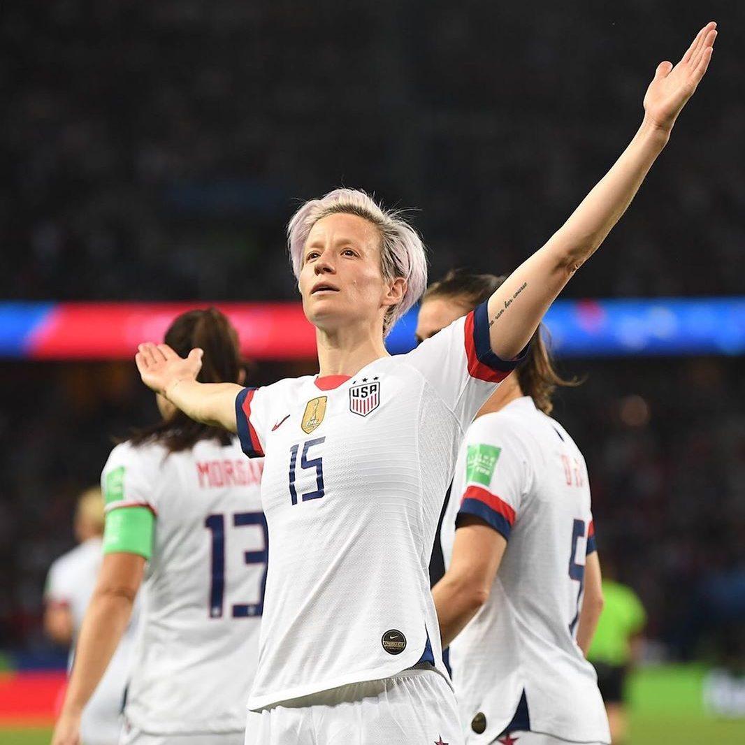 super popular 17482 32172 The US Women's Football Shirt Has Broken a Nike Sales Record ...