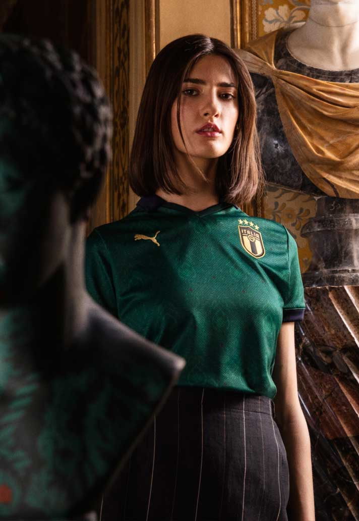 obturador mármol Sin personal  PUMA Celebrates the New Wave of Azzuri Talent with a Cold New Jersey