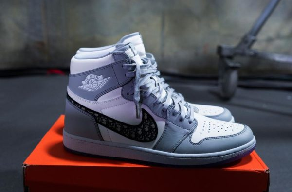 Dior and Nike Officially Collaborate on New Air Jordan 1 High OG