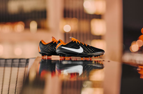 Nike's Tiempo Future DNA Legend Gets Dripped Down in an OG Colourway