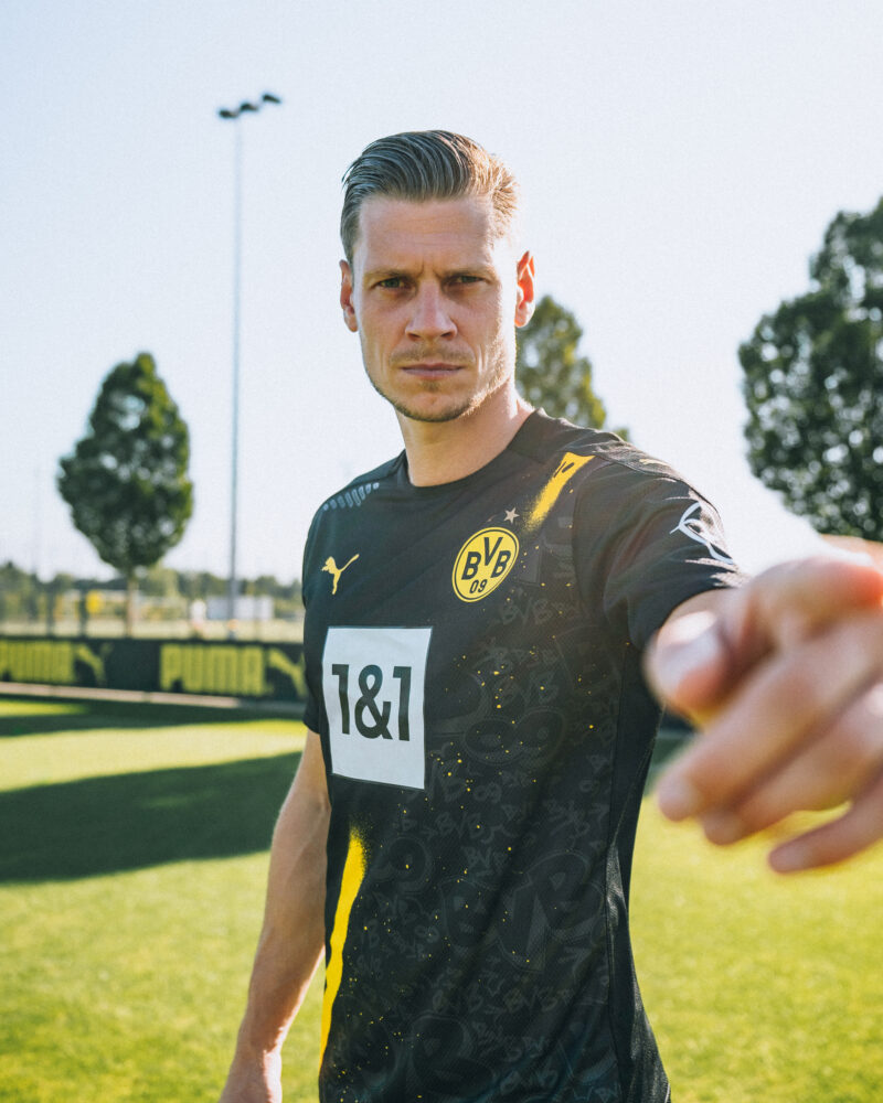 Puma Unveil Borussia Dortmund S Grafitti Covered Away Kit For 2020 21