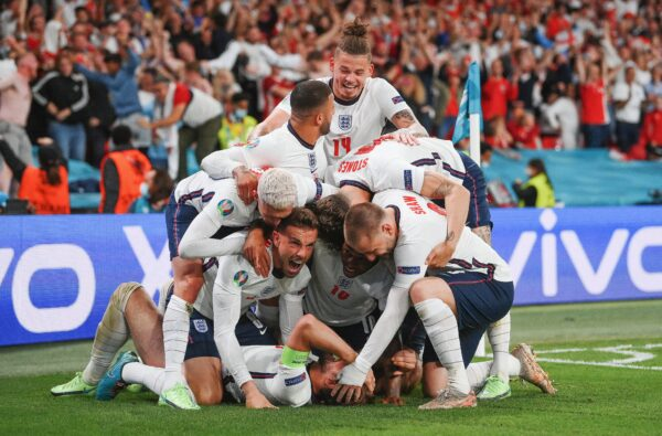 England Set to Donate Prize Money from Sunday's Final Against Italy to The NHS