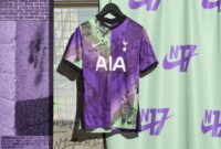 Nike and Tottenham Textiles Link Up to Celebrate N17 with Spurs' 21/22 Third Shirt